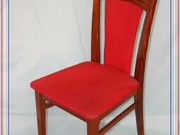 Продам стулья красные деревянные б/у с мягким сидением
