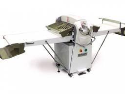 Продам тестораскаточную машинку Kumkaya