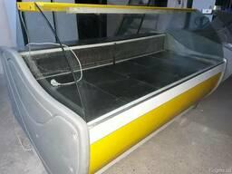 Продам витрину холодильную б\у длиной-1,8 м- 2м