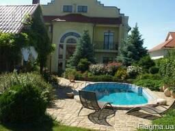 Продам загородный особняк 800 кв.м. в Новоалександровке