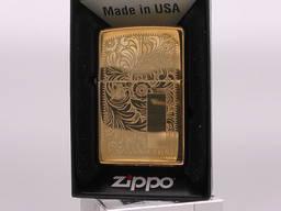 Продам зажигалку Zippo Venetian Brass