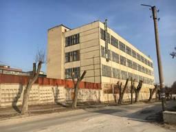Продам здание офисно- производственного назначения
