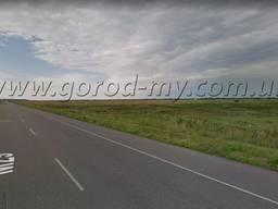 Продам земельный участок 1 Га по трассе Днепр-Харьков.