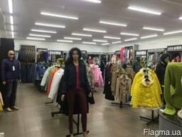 Продаётся действующий магазин женской и мужской одежды!