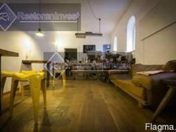 Продажа фасадного помещения ресторана метро Театральная