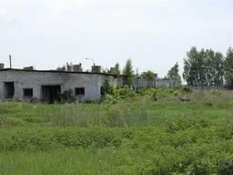 Продажа земельного участка, на участке расположено здание свинарника, 1. 25 га