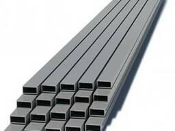 Профильная труба сечения 40 х 40 х 1. 8 мм.
