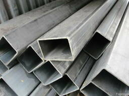 Профильная труба 40х30х2,5 мм прямоугольная сталь 3сп5