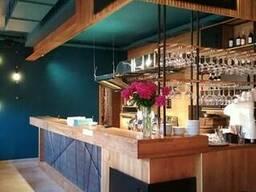 Производство мебели для кафе, баров, ресторанов.