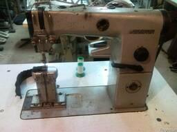 Промышленная колонковая швейная машина минерва . луганск