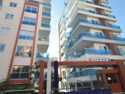 Просторная трехкомнатная квартира 130 м2 6 этаж в 9-м. ..