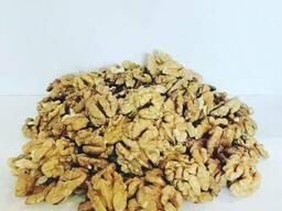 Пшеничная бабочка грецкого ореха