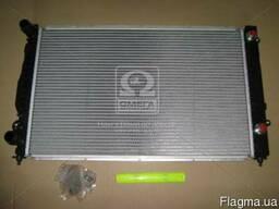 Радиатор Audi А4 коробка автомат