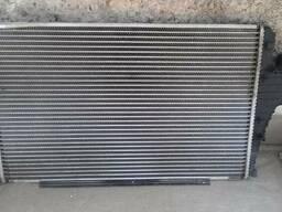 Радиатор интеркуллера Opel Vectra C 1.9 дизель
