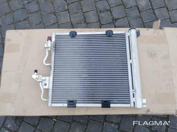 Радиатор кондиционера 1.7 Opel Zafira B