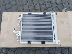 Радиатор кондиционера 1. 7 Opel Zafira B