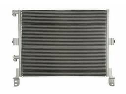 Радиатор кондиционера Renault Magnum DXI