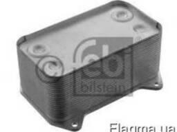 Радиатор масляный, теплообменник ДАФ DAF 95XF 1667565