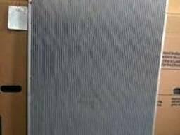 Радиатор на Iveco Stralis/Ивеко Стралис - фото 1