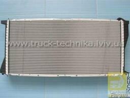 Радиатор охлаждения двигателя BMW