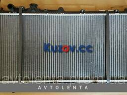 Радиатор охлаждения двигателя Mazda 323 BJ 1. 5 МКПП. ..