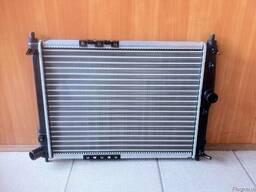 Радиатор охлаждения Ланос (без кондиционера)