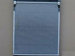Радиатор охлаждения на MAN TGL/ман тгл