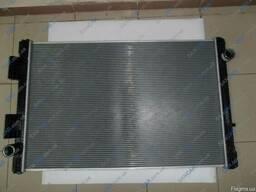 Радиатор охлаждения с рамкой на МАН Командор