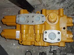 Распределитель 5000242 D32 DF32 на погрузчик XCMG, ZL50G