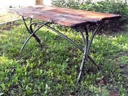 Кованый стол ручной работы в наличии со скидкой