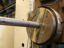 Расточной фрезерный горизонтальный станок ЧПУ UNION BFT 130