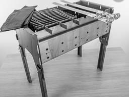 Разборный мангал с шампурами решеткой и ножками, набор.
