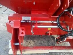 Разбрасыватель минеральных удобрений 1000 кг фирмы Jar-Met - фото 2