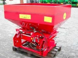 Разбрасыватель минеральных удобрений Jarmet (1000 кг)