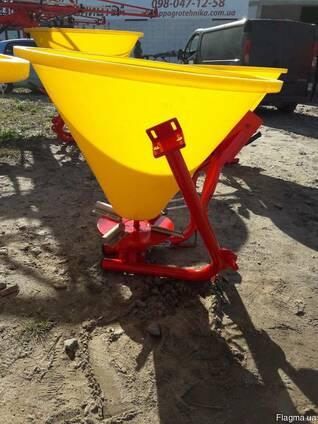 Навесной разбрасыватель на 300 кг фирмы Jar-Met Польша