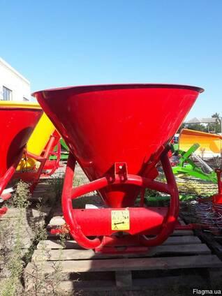 500 кг разбрасыватель минудобрений фирмы Jar-Met Польша