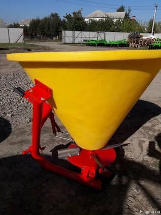 РУМ на 300 кг разбрасыватель минудобрений фирмы Jar-Met Поль