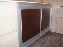 Раздвижной экран под ванну декорированный