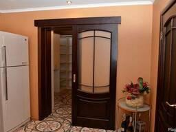 Раздвижные Деревянные Двери в Комнате