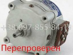 РД-09-А 8. 7 1/137 двигатель реверсивный, электродвигатель