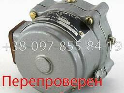 РД-09 15. 5 1/76. 56 двигатель реверсивный, электродвигатель