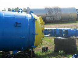 Реактор эмалированный-б. у. объмом -4м3.