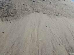 Речной песок доставка по Киеву и Киевской области