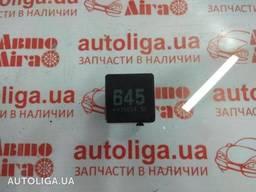 Реле вентилятора 645 AUDI Q3 12-17 бу