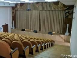 Ремонт и отделка зрительных залов.
