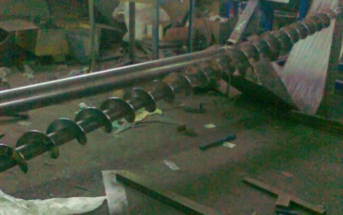 Ремонт шнека, реставрація шнека комбайна