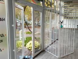 Решетчатые двери в офис, магазин, киоск