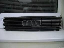Решетка радиатора Audi 100 C3