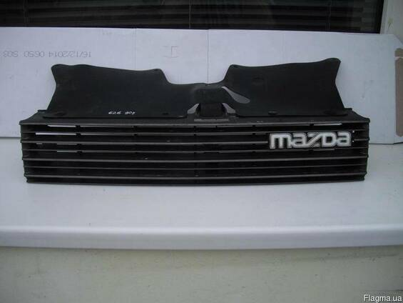 Решетка радиатора Mazda 626