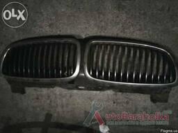 Решетка радиатора на BMW 5